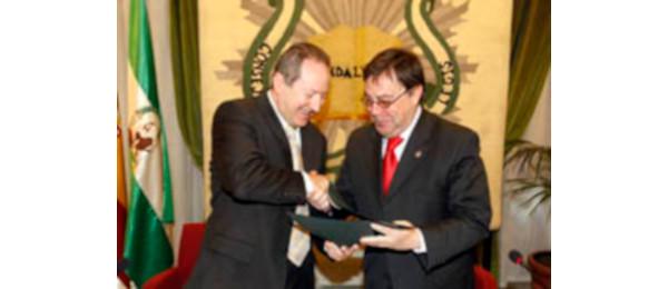 El Consejo Andaluz de Colegios de Abogados y el Consejo Consultivo de Andalucía firman un convenio para favorecer la formación de los letrados.
