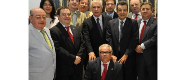 Reunión del Consejo Andaluz de Colegios de Abogados con Don Javier Arenas, presidente del Partido Popular de Andalucía.