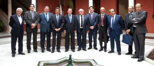 Reunión de los representantes del Consejo Andaluz de Colegios de Abogados con el nuevo Consejero de Justicia e Interior.