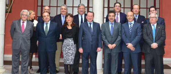 Reunión de los representantes del Consejo Andaluz de Colegios de Abogados con el Consejero de Justicia e Interior.