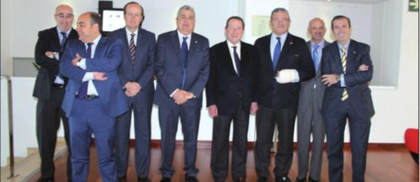 El Consejero de Justicia e Interior, Emilio de Llera, asiste al Pleno del Consejo Andaluz de Colegios de Abogados celebrado en Antequera.